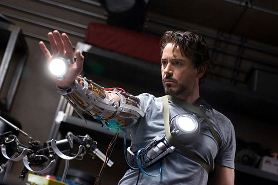 iron-man-downey-gauntlet.jpg