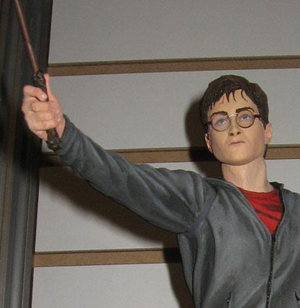 hr_harry_potter_toy_fair_abre.jpg